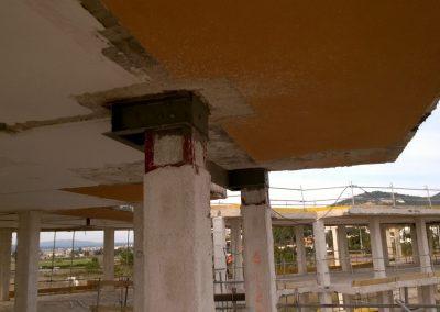 . Reparación y refuerzo de forjados con perfiles laminados y más de 900 pilares con encamisado metálico en menos de 3 meses, mejorando nuestros plazos de entrega.