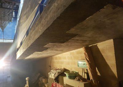 Reparación de elementos estructurales en rampa salida de emergencia y fachada con morteros de reparación de Centro Social Carrús (ELCHE).