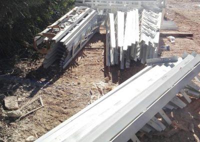 Reparación y refuerzo de forjados con perfiles laminados y más de 900 pilares con encamisado metálico en menos de 3 meses, mejorando nuestros plazos de entrega.