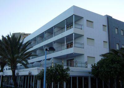Rehabilitación de complejo residencial de 87 viviendas y locales comerciales Playa de la Fossa (CALPE).